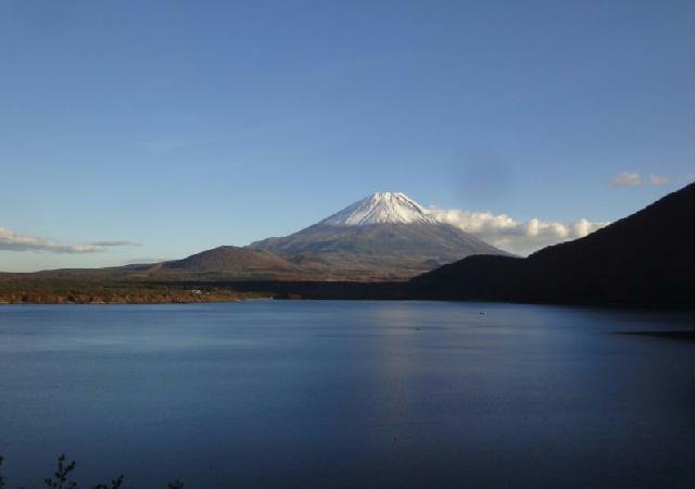 写真 本栖湖と富士山.jpg
