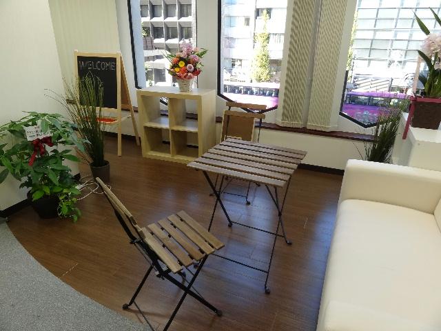 写真 201311新オフィス02「休憩コーナー」.jpg