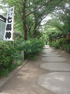 写真140711fri 宝戒寺参道.jpg